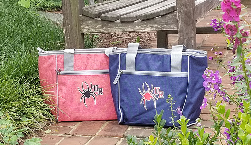 Boat Tote with University of Richmond Crest (SKU 110394641121)